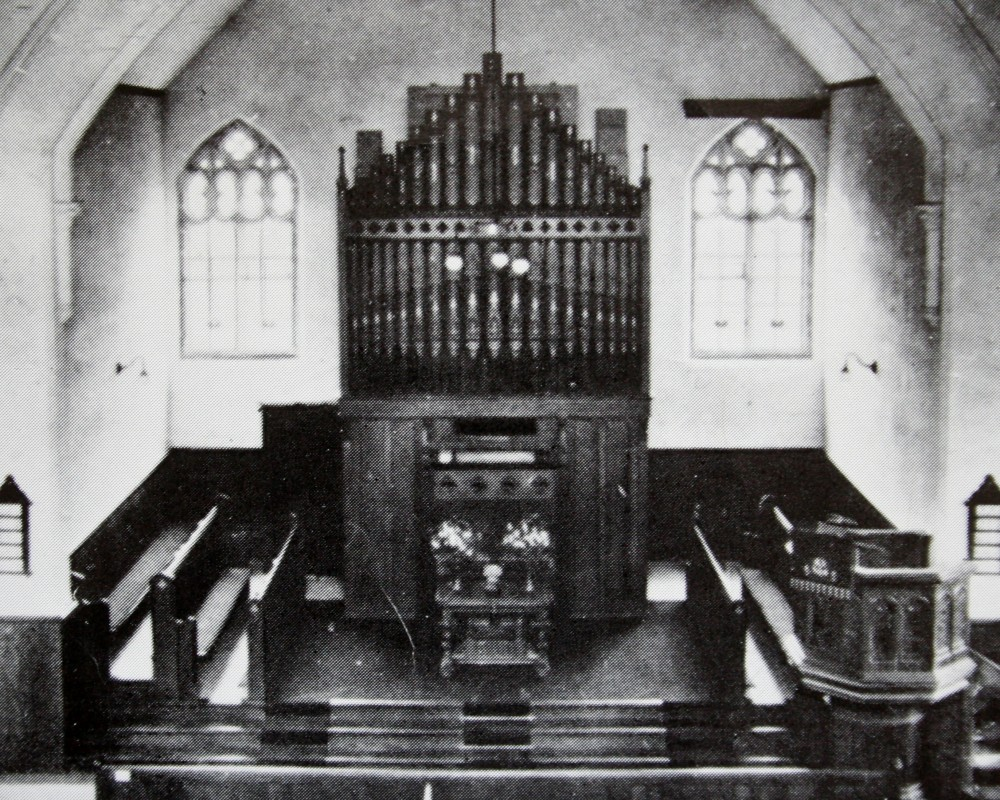 Original church (now Ruskin Hall) interior