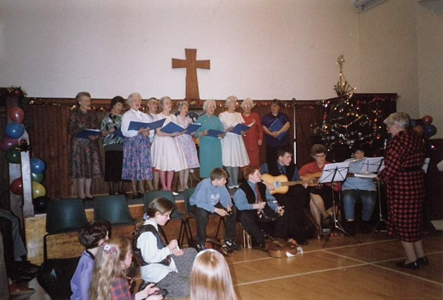 The Guild Choir entertains