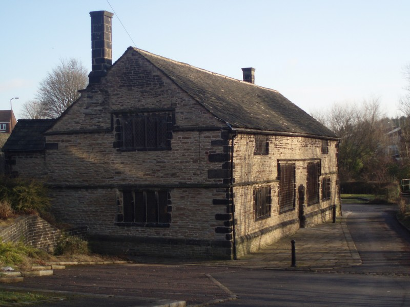 The Old Grammar School from driveway