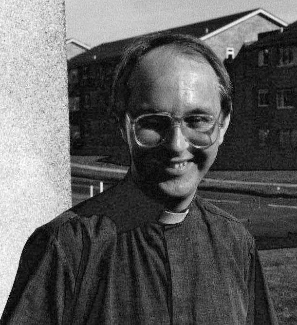 Rev Andrew Mayes