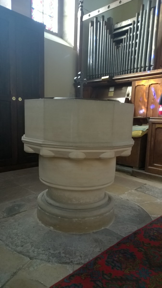 Photo of the font in St. Luke's Frampton Mansell