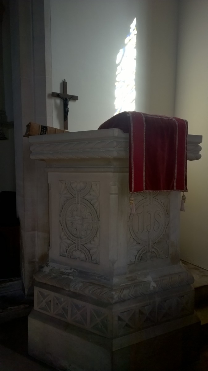 Photo of the pulpit St. Luke Frampton Mansell