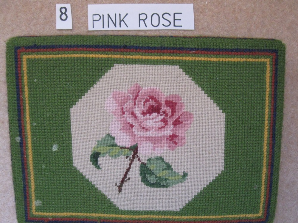 Kneeler 8 Pink Rose