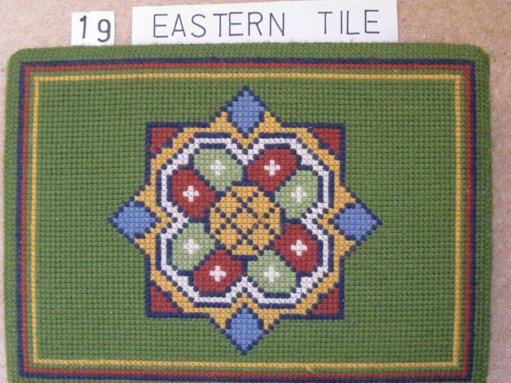 Kneeler 19 Eastern Tile