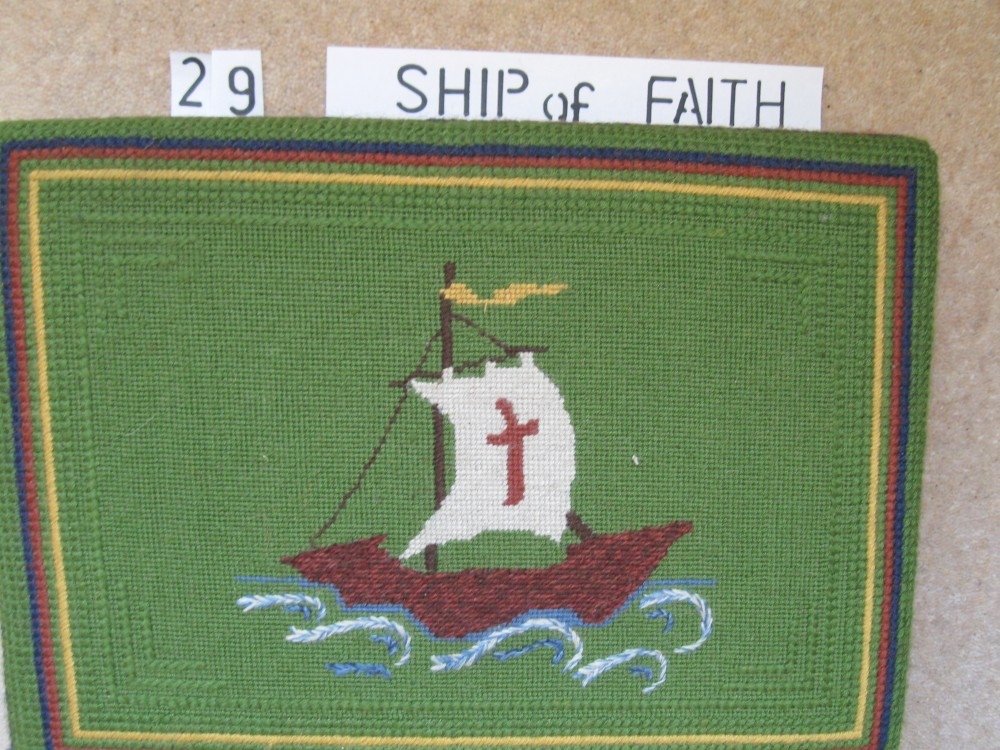 Kneeler 29 ship of Faith