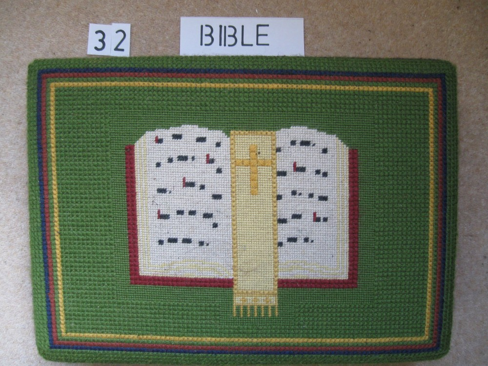 Kneeler 32 Bible