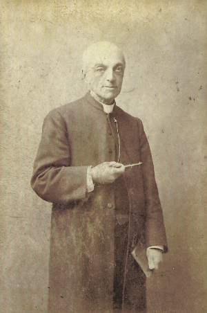 Photo of the Reverend Edmund Hall