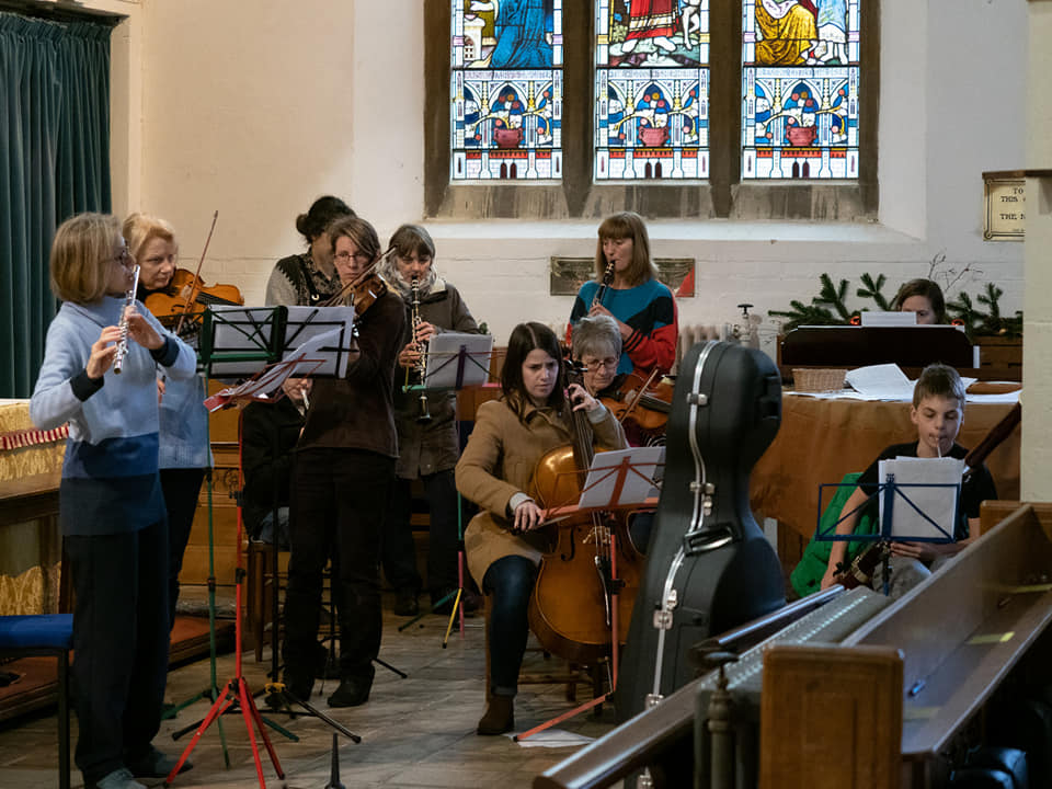 Music Group rehearse for the Crib Service