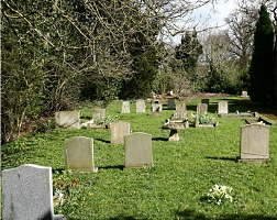 Picture of Rous Lench churchyard