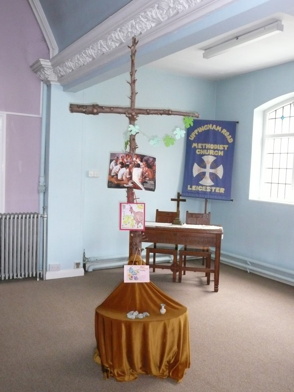 Uppingham road methodist church photos lent cross for Lent decorations for home