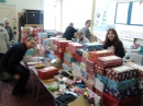 Click here to view the 'Packing Shoeboxes for Kosova ' album