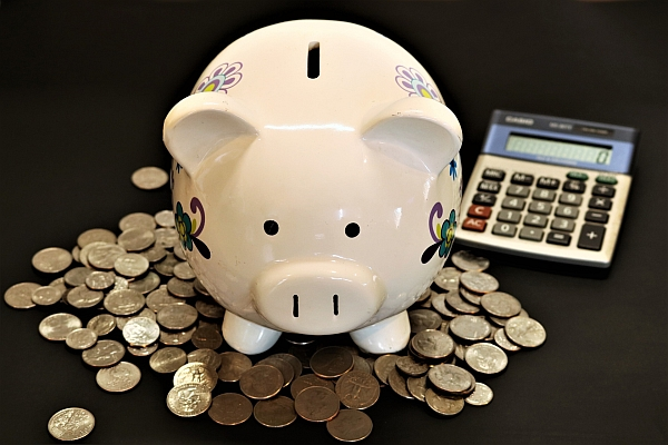 Picture of a piggy bank and coins