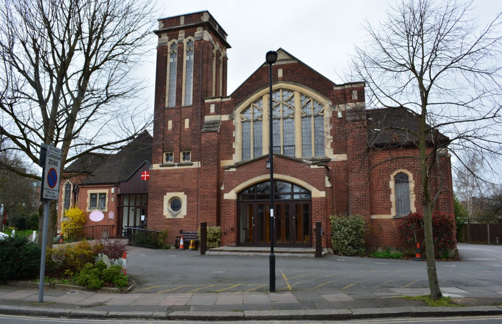 Southgate Methodist Church front facing