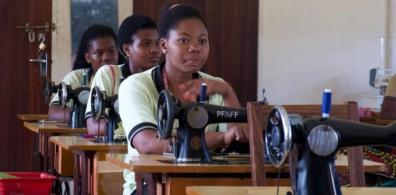 Open Morogoro Sewing Academy: Microfinancing Partnership