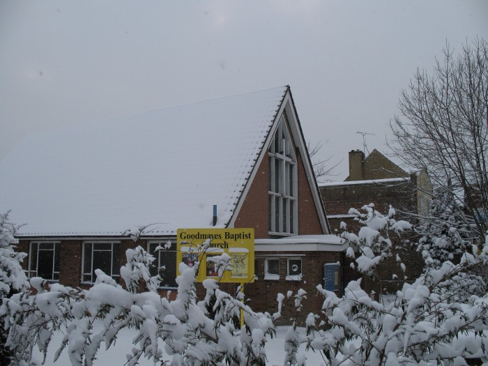 Goodmayes Baptist Church in the snow