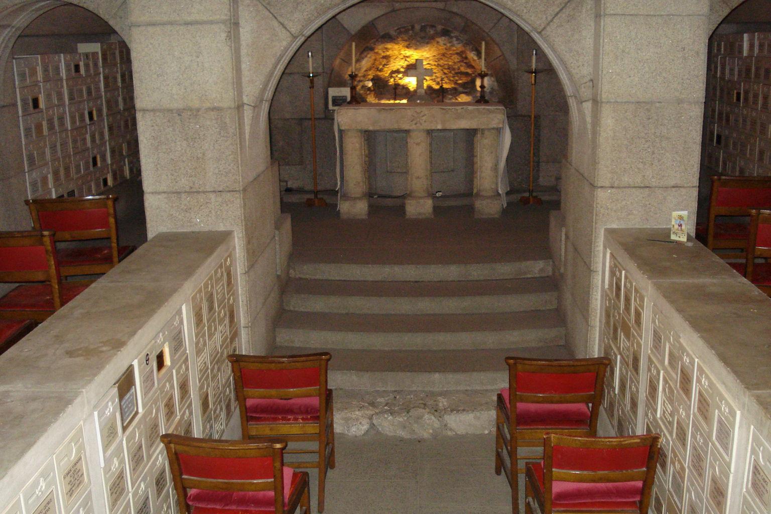 Undercroft Chapel