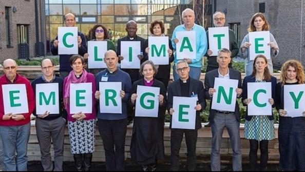 Open Diocese divests from fossil fuel companies