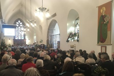 Open 105 people at Guernsey's first Dementia-Friendly Carol Service