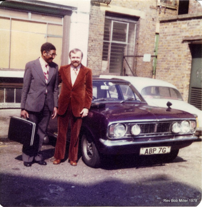 24 Bro. Dowdy & Rev. Bob in velvet suit. High style for the