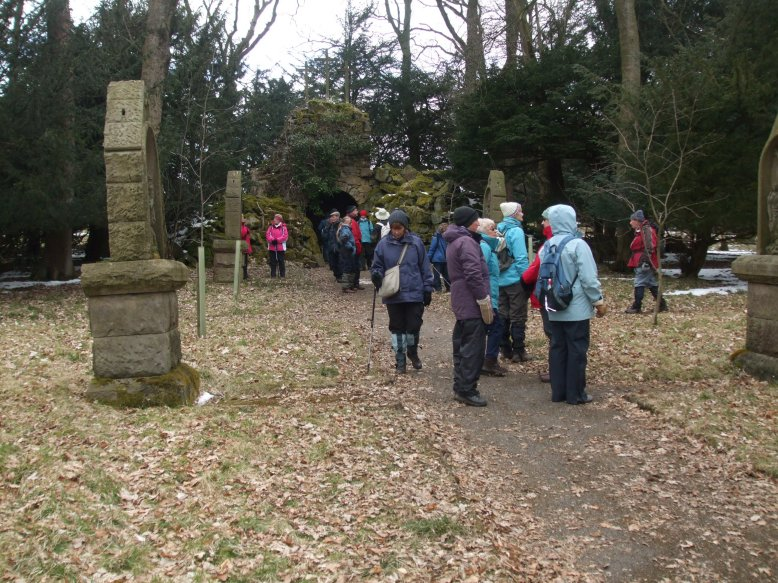 Stations of the cross Ilkley (4)