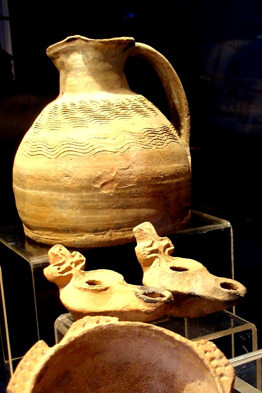 7th century Byzantine oil lamps