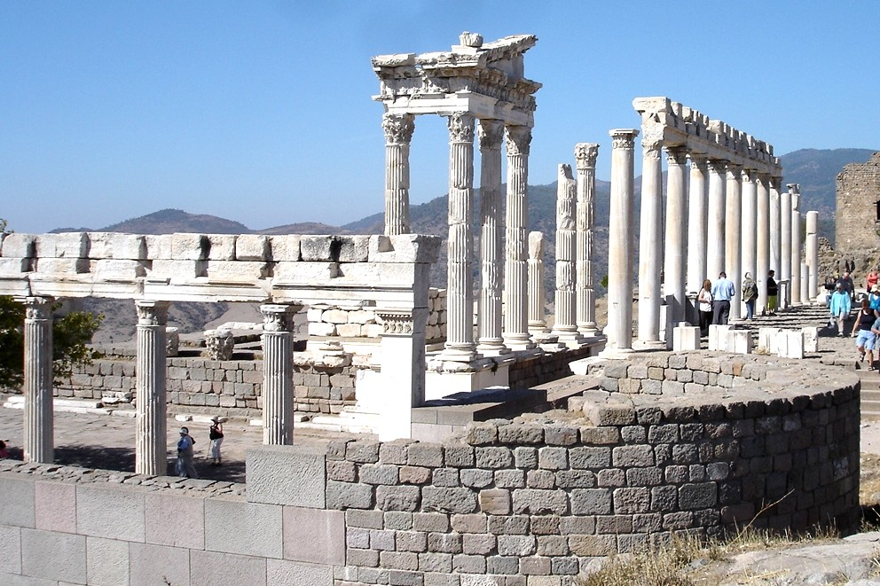 Temple of Trajan, Pergamum