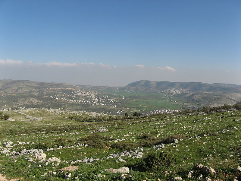 Shechem (Nablus) from Mt Gerizim (Someone35)