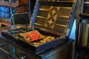 Open 'Laud's Backgammon Set'
