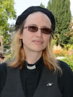 Lindsay Llewellyn-MacDuff